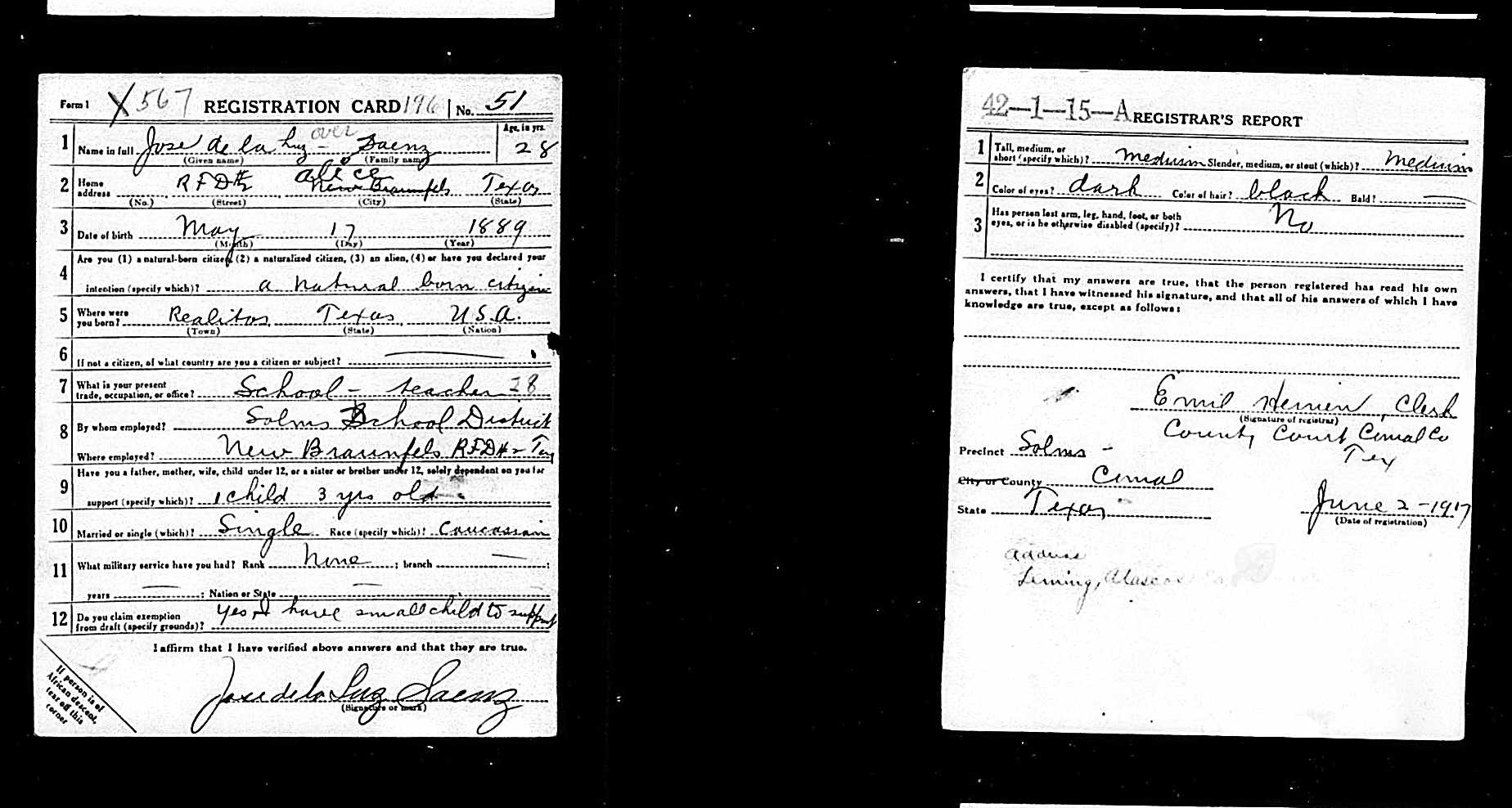 draft registration card of Jose de la Luz Saenz