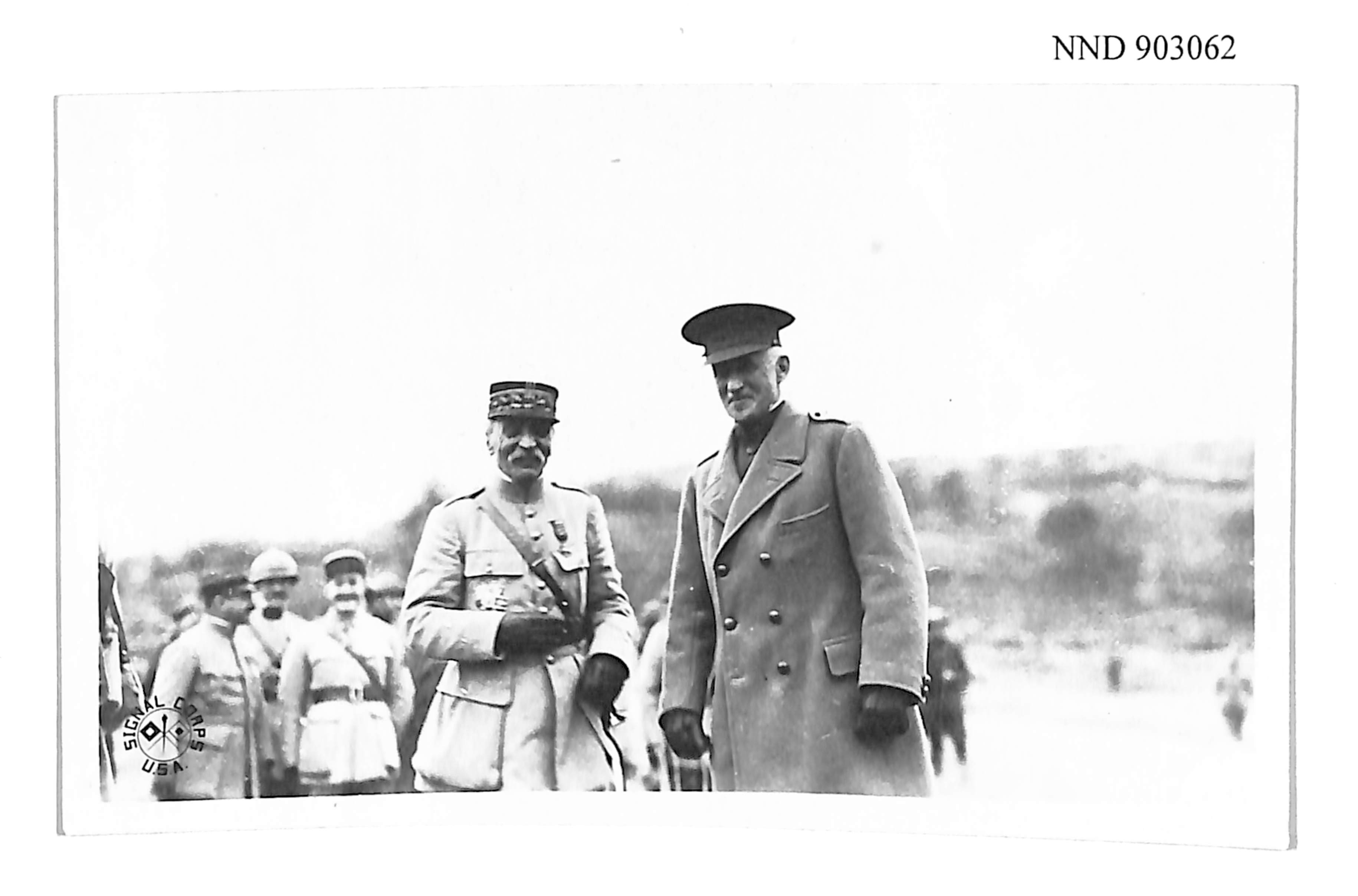 Generals Maud'huy and Edwards stand side by side facing camera